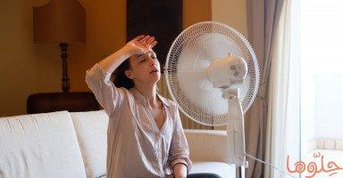 أسباب الهبات الساخنة عند الفتيات والنساء والرجال