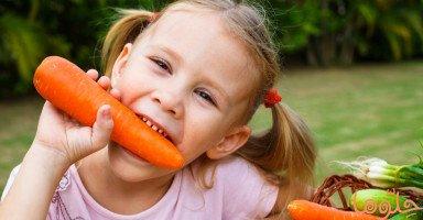 كيف تمنع طفلك عن العض؟
