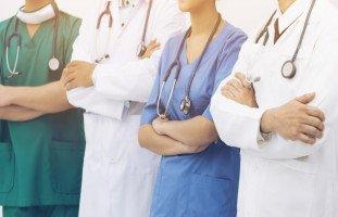الدكتور في المنام وتفسير رؤية الطبيب في الحلم