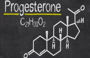 فوائد هرمون البروجسترون (Progesterone)