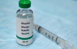 هل أطفال الإمارات معرَّضون لخطر التوحد بسبب التطعيمات؟
