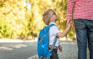 كيفية التعامل مع شكاوى طفلك المدرسية