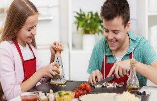 تغذية المراهقين وأفضل العادات الغذائية للمراهقين