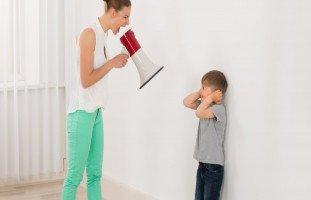 تأثير الصراخ على الطفل