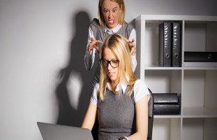 أسوأ أنواع الموظفين وكيفية التعامل معهم