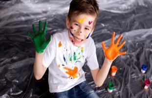كيف تبني شخصية طفلك؟