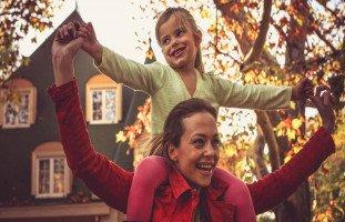 كيف تقومين بتربية أطفالك في غياب الأب؟