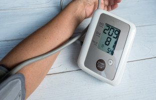 طريقة قياس ضغط الدم