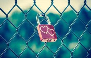 كيف يفكر الأزواج المخلصون والأوفياء؟