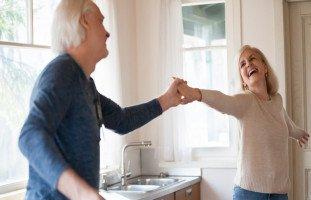 الزوجة السعيدة سبب الحياة المديدة!