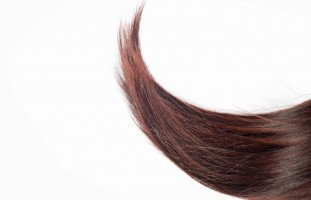 طرق تطويل الشعر طبيعياً وبسرعة