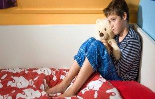 التحرش بين الأطفال الصغار أسباب تحرش الأطفال ببعضهم وعلاج التحرش بين الأطفال