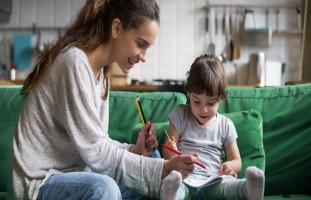 تقنيات التربية الداعمة والأبوة والأمومة الإيجابية