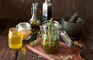 علاج جفاف المهبل بالأعشاب (علاج جفاف المهبل بزيت الزيتون وترطيب المهبل بالعسل)