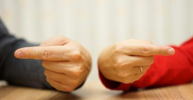 مشكلتي مع ورث ابي وعناد زوجي!