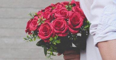 أسعدت زوجي وجبرت بخاطره فجبر الله خاطري