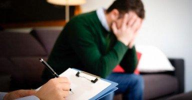 أعاني من مشاكل نفسية وعائلية بسبب ضعفي الجنسي