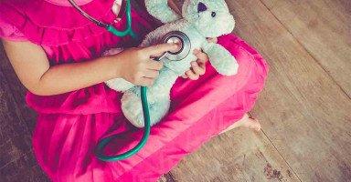 قررت أن أصبح طبيبة لكي أخترع دواء لمرضي