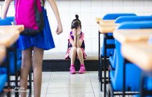 بكاء ابنتي وخوفها من اول يوم دراسي حرق قلبي
