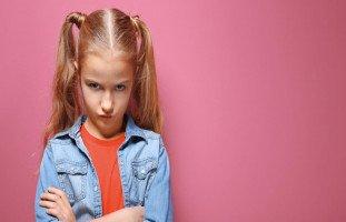 ابنتي تضرب بعنف لأني كنت أماً قاسية