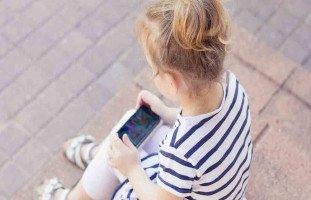 هل الهواتف الذكية لها تأثير على تركيز الطفل؟