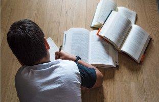 ما هو النظام التعليمي المناسب لابنك؟ الدكتورة سامية الفرا تجيبك! | حلوها