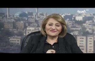 الدكتورة سراء فاضل الأنصاري تتألق على قناة العربية بتحليل شخصية العالم الراحل ستيفن هوكينج